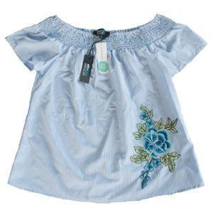 NWT Alice Blue Stitch Fix S Off The Shoulder Shirt